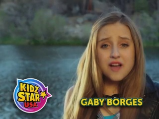 Gaby Borges en el comercial de Kidz Bop 24